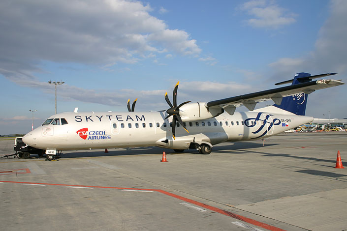 Czech Airlines ATR72 in SkyTeam livery