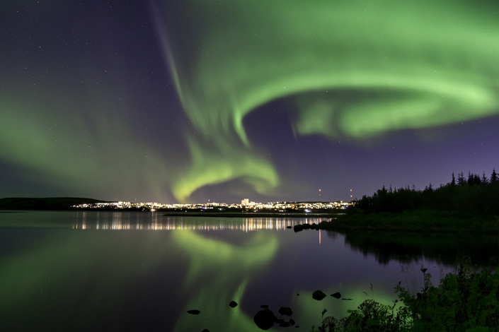 Aurores boréales sur Reykjavik